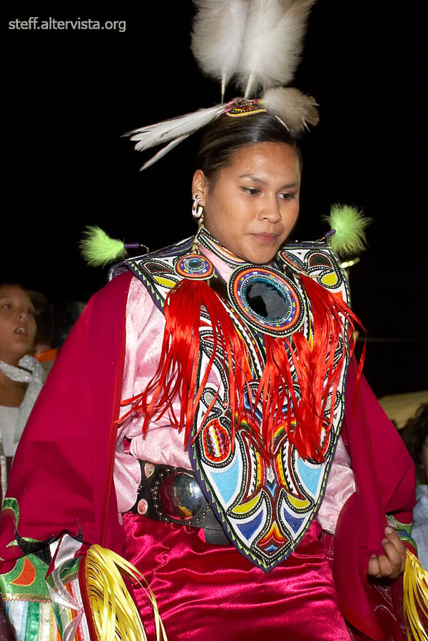 Cree Indian dancer (2)